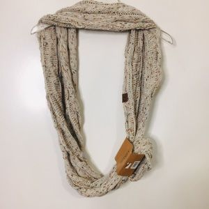 C.C Exclusives Infinity Knit Cable Scarf
